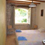 chambres-dhotes-zoeken-domaine-la-cassagnole slaapkamer