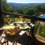 chambres-dhotes-zoeken-les-trois-collines-ontbijt